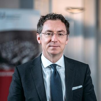 Prof. Dr. Christoph Safferling